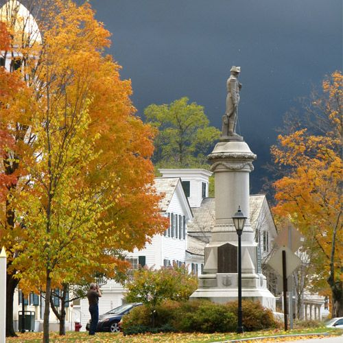Places To Visit In The Fall In Usa: Vermont, Manchester And Beautiful Places