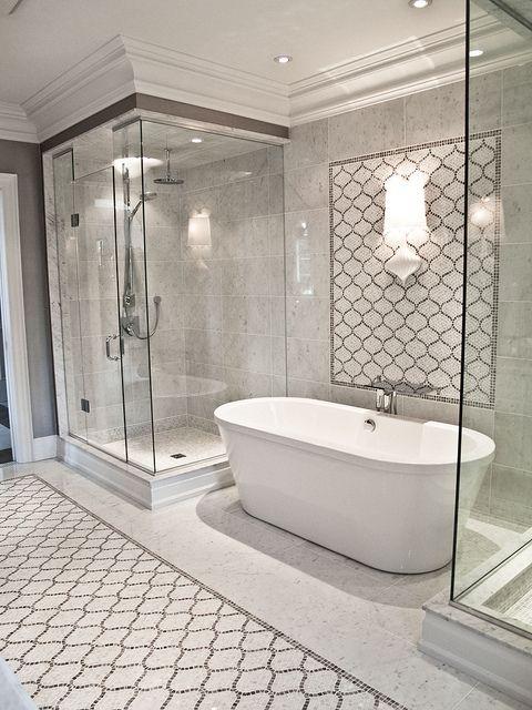Custom Mosaic Bathroom by Terra Verre, via Flickr
