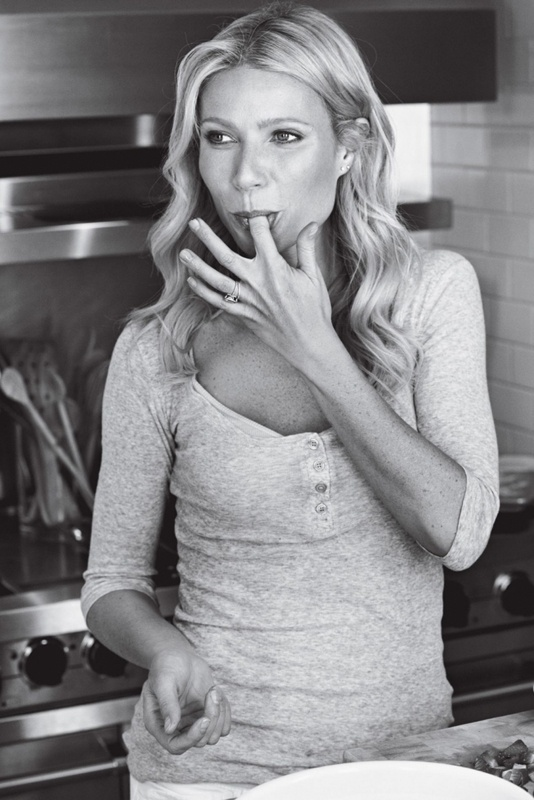 Yeah! Soon a new cookbook from Gwyneth Paltrow. Love her way to cook.  [It's All Good: Delicious, Easy Recipes That Will Make You Look Good and Feel Great] will be released on April 2, 2013.