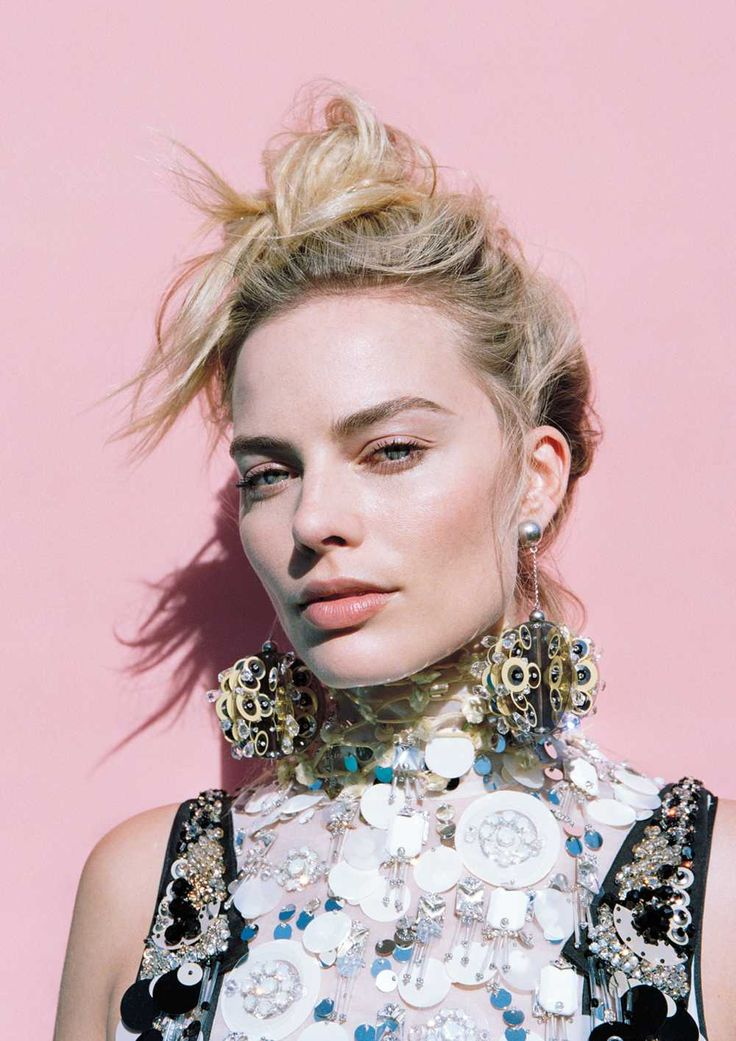 Margot Robbie - Oyster Photoshoot 2016