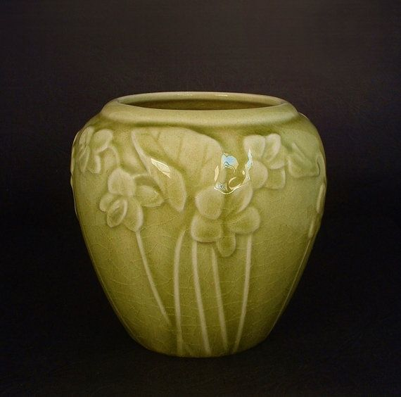 dating rookwood pottery Learn more about van briggle pottery including the history and how these arts & crafts wares were marked, which lends to dating them.