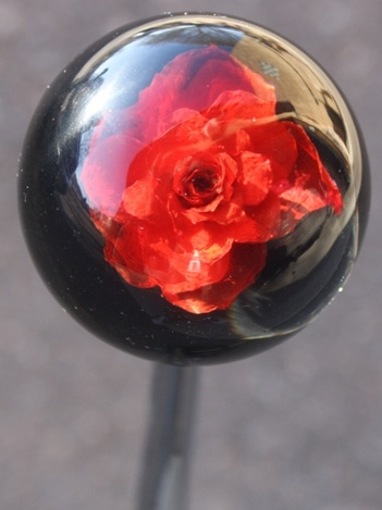 The shift knob I want for my black PT Cruiser. I think its beautiful.