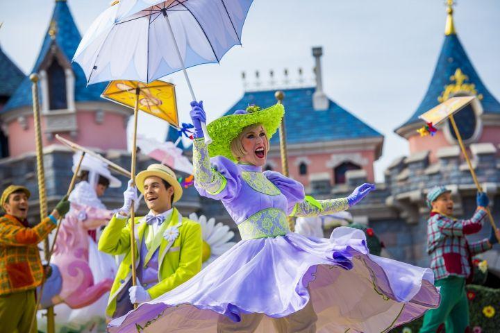 Disneyland Paris è primavera Un'esplosione di fiori, colori, profumi e musica