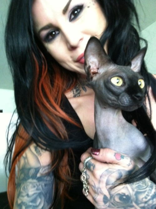 Kat Von D Like her or not .... She is an AMAZINGLY TALENTED artist.
