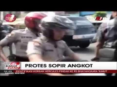 PROTES SOPIR ANGKOT DIPICU LARANGAN MOBIL MASUK KEPASAR PAGARALAM SUMSEL