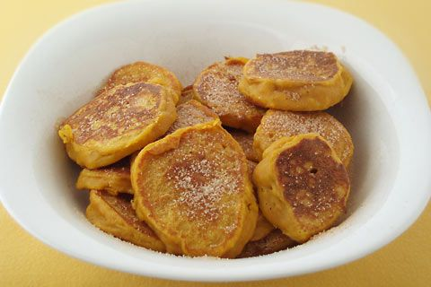 Pumpkin fritters with cinnamon - Pampoenkoekies