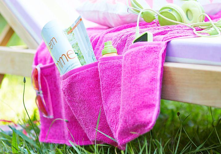 Das Utensilo für die Gartenliege besteht aus einem Handtuch und ist blitzschnell genäht.