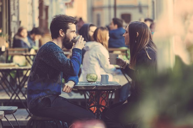 Top 10 Natural Conversation Starters for Easy and Great Conversation