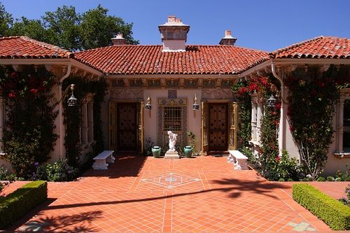 Pinterest the world s catalog of ideas for Spanish bungalow floor plans
