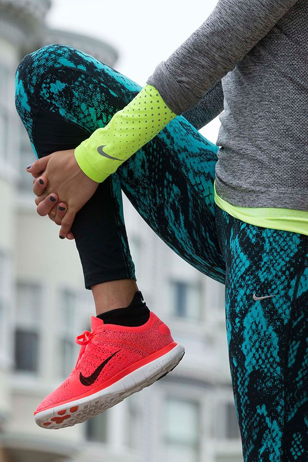 Fierce flexibility. Nike Free Flyknit running shoe, Epic Lux Printed Tight, DRI-Fit Knit SS Volt and Long Sleeve 1/2 Zip. Love www.HustleandHeart.com