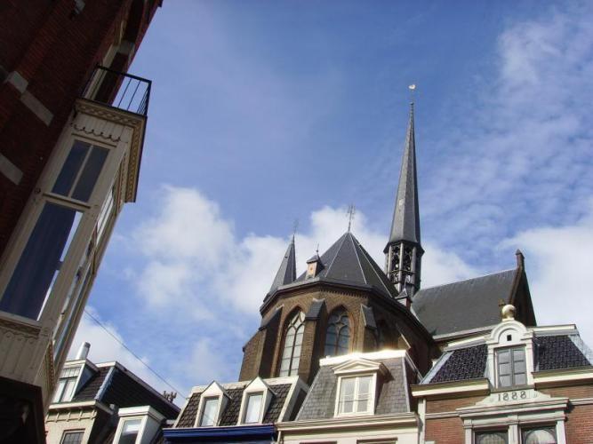 Prachtige stadswandeling door Utrecht, op verkenning door de hofjes. Zie ook www.stadsgidsutrecht.com