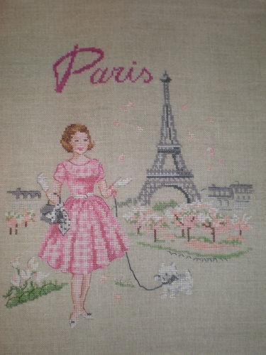 Broderie Elegante à Paris point de croix