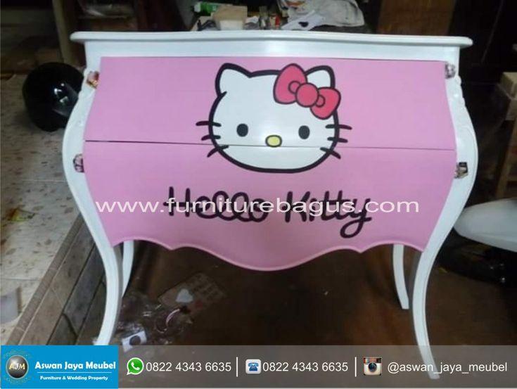 Meja Laci Hello Kitty
