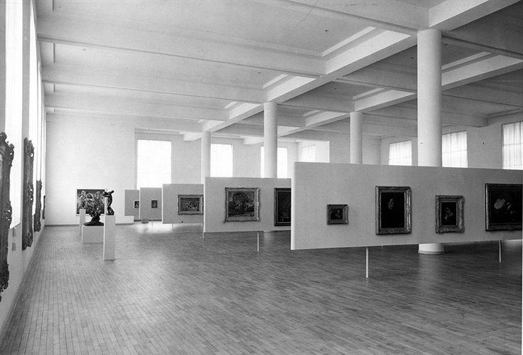 Vista da exposição da coleção do MASP na FAAP, em 1958