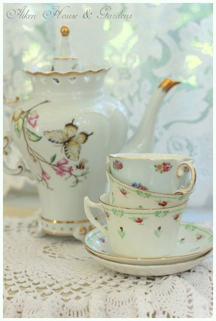 Aiken House & Gardens: Tea Time!: Teas Time, Teas Cups, Butterflies Teapots, Aiken House, Teas Sets, Teas Party, House Gardens, Teas Pot, Flower Patterns