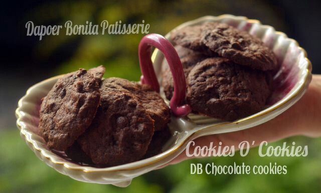 DB Chocolate Chip Cookies.. by The Dapoer Bonita Patisserie