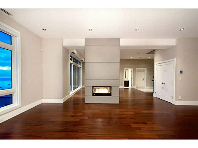 2748 Highgrove Place West Vancouver - Whitby Estates. beautiful luxury Townhouse for sale.   Ashley Nielsen - Realtor - West Vancouver Real Estate