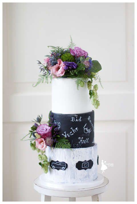 Taartjes-van-An-wedding cake chalkboard wedding cake fresh flowers wedding cake crack effect wedding cake bruidstaart-nunspeet-taart-nunspeet-bruidstaart-apeldoorn-bruidstaart-jonneke-bruidstaart-verse-bloemen-nunspeet-bruidstaart-kampen-