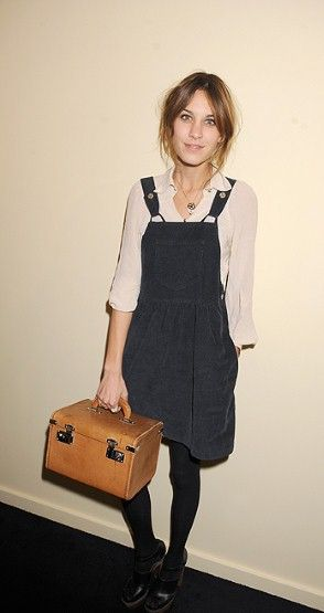 Before the Alexa was conceived, Chung took to carrying all quirky manners of vintage 'box-bags' around town. It proved to be the perfect companion to her pinafore dress.