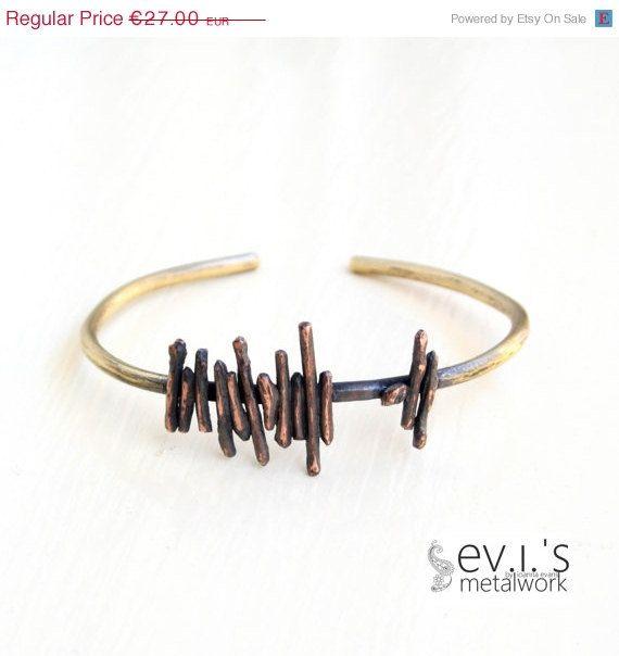 On Sale Wire Stripes Bracelet Cuff Brass Mix by evismetalwork, €22.95