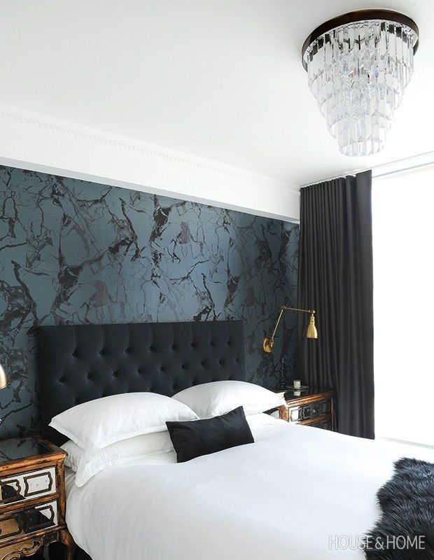 60 Wallpaper Decorating Ideas That Add Major Wow Factor Black Wallpaper Bedroom Bedroom Interior Master Bedroom Wallpaper