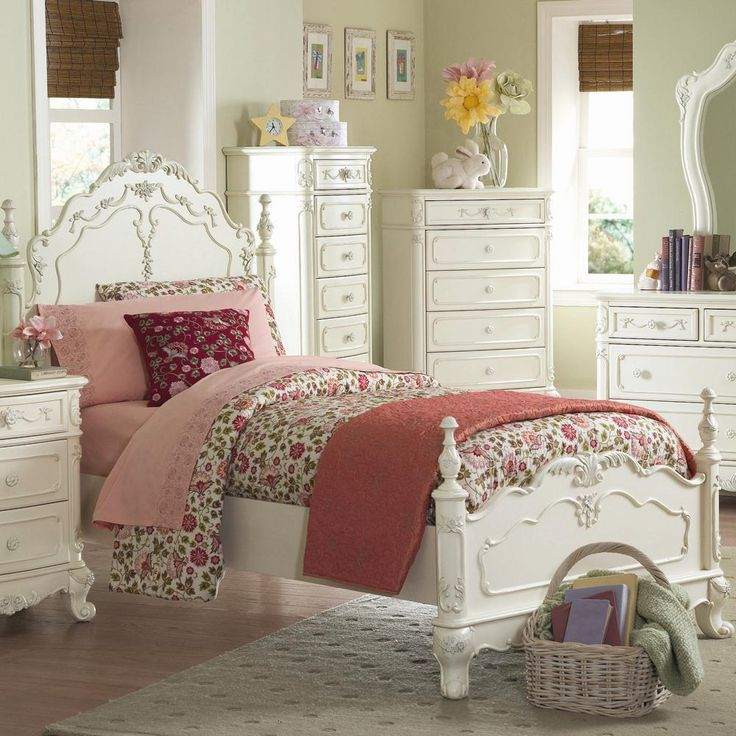 33 best images about victorian furniture on pinterest for Cinderella bedroom ideas
