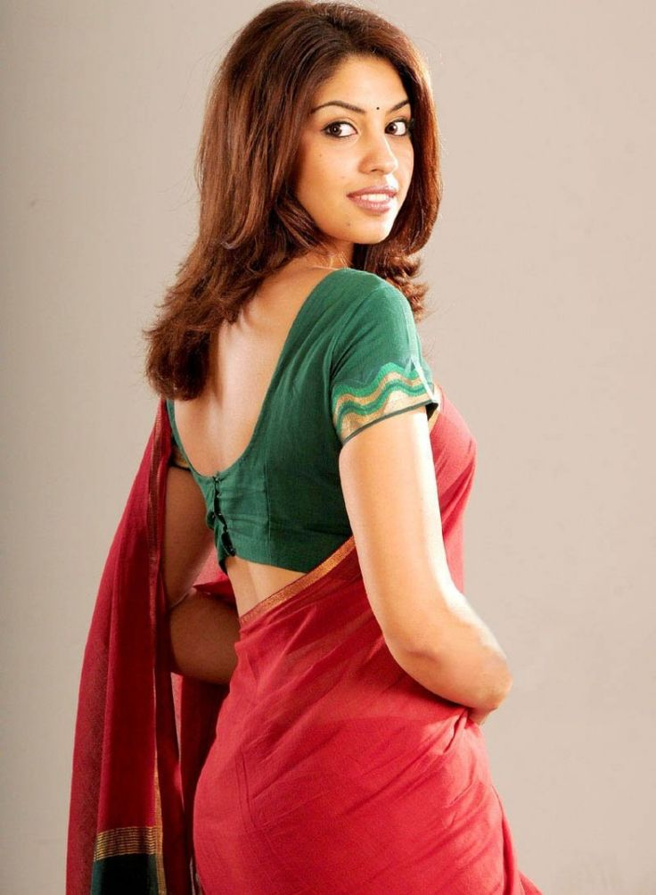 lattest bollywood sarees fashion