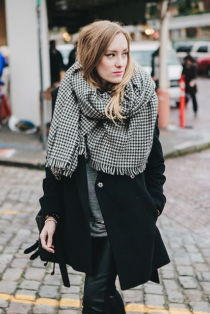 All about the blanket scarf.