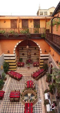 Arabic House Hotel: Courtyard