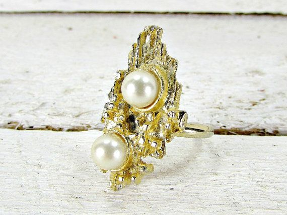 Vintage Pearl Ring, White Pearl Ring, Modernist Abstract Pearl Ring, Gold Adjustable Ring, 1960s Vintage Costume Jewelry, Brutalist Jewelry by RedGarnetVintage