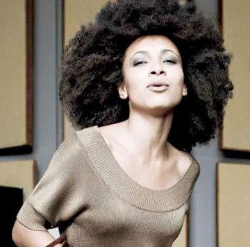 Esperanza Spalding's 2009 ad for Banana Republic.: Natural Beautiful, Natural Hair Tips, Hairs, Beautiful Black, Big Hair, Naturalhair, Esperanza Spalding, Black Hair Care, Bananas Republic