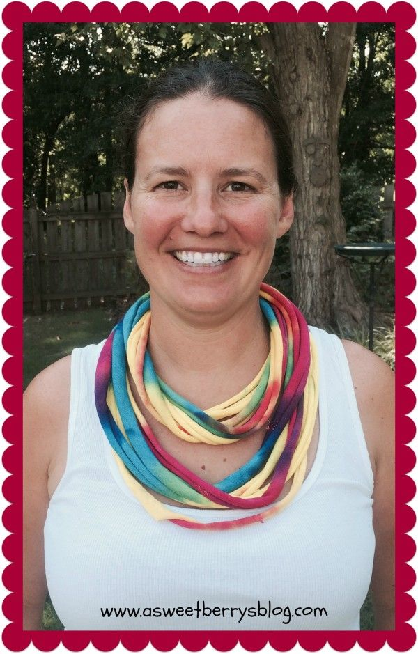 Cool t-shirt necklace from A Sweet Berrys Blog!