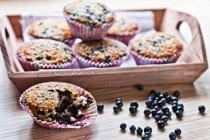 Mustikka-kauramuffinit: http://www.dansukker.fi/fi/reseptej%C3%A4/kakut/mustikka-kauramuffinit.aspx  Muhkean maukkaat muffinit syntyvät käden käänteessä.