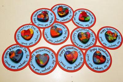Χρωματιστές καρδιές από κηρομπογιές
