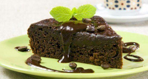 Шоколадный пудинг с кофейным соусом