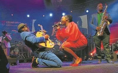 FUSION FLAIR: Jimmy Dludlu and Judith Sephuma perform together at the Cape Town International Jazz Festival.