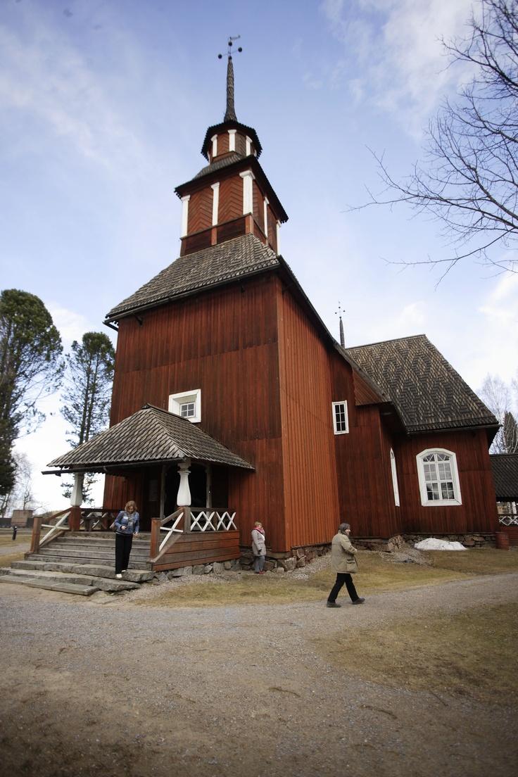 Keuruun vanha kirkko/Keuruu's old church    http://www.keuruu.fi/museo/vanhakeuruu/index.html#vanhakirkko    Kuva/Photo: Petteri Kivimäki http://www.facebook.com/MatkaMaalle  http://www.keskisuomi.net/  http://www.centralfinland.net/