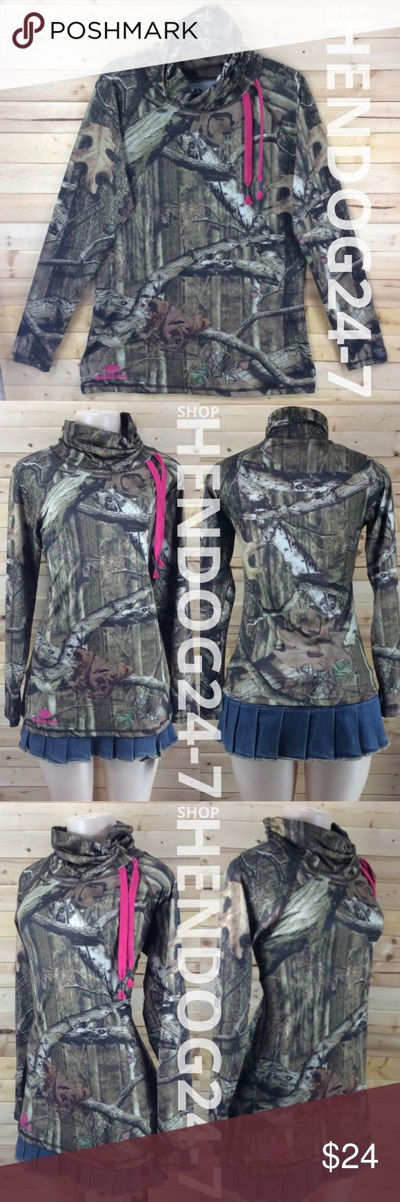 MOSSY OAK FLOP NECK PULLOVER L/SLV THUMB HOLES NEW WITHOUT TAGS - NEVER WORN - OVERSTOCK ITEM, LINE THROUGH BRAND NAME/LABEL.   MOSSY OAK BREAK-UP INFINITY PERFORMANCE PULLOVER WOMEN'S TOP - LONG SLEEVES - THUMB HOLES - 92% POLYESTER, 8% SPANDEX - MADE IN GUATEMALA - MSRP $50 MOSSY OAK BREAK-UP INFINITY Tops Sweatshirts & Hoodies