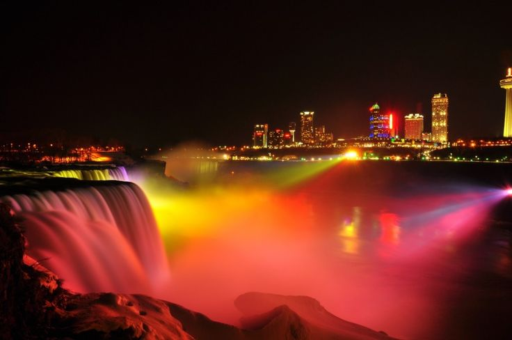 Nightlife around Niagara Falls - Did You Know Canada?