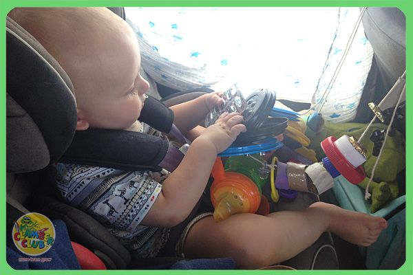 How do you keep a little person entertained for an 11 hour car ride? Make this easy car toy for your little one to play with.