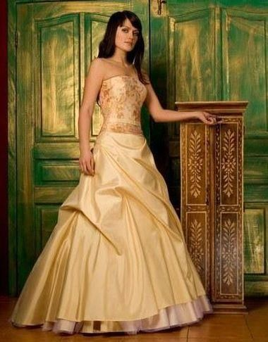 Фото свадебное платье золотого цвета