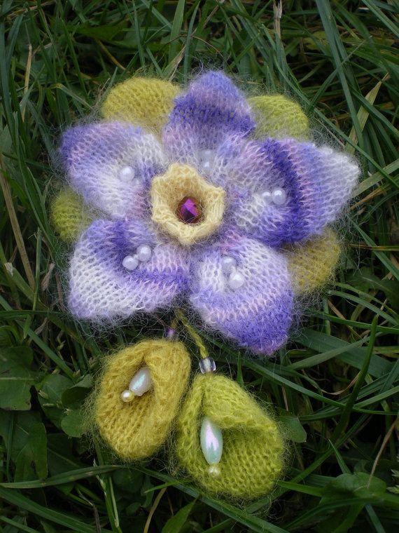 Romantic Springish Brooch #knitting #afs 12/5/13