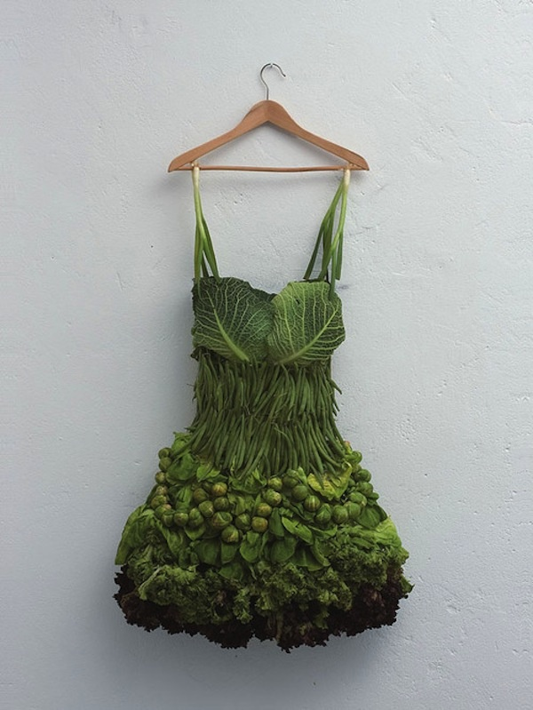 Clever Food Art | thaeger - blog this way: Creative Food, Green Veggies, Veggies Dresses, Salad Dresses, Sarah Illenberg, Vegetables Dresses, Foodart, Food Art, Green Dresses