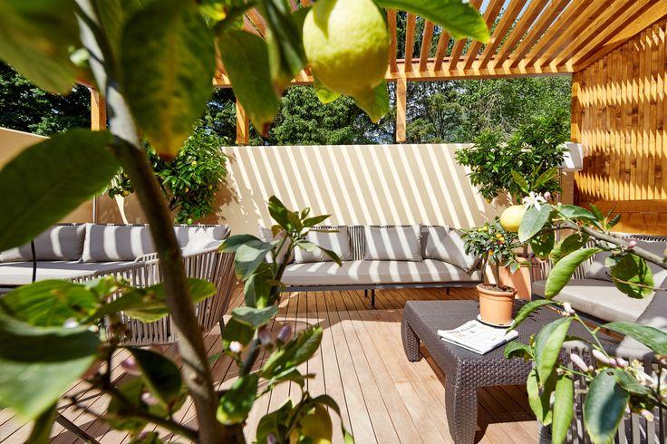 Mediterrane Terrasse im Hotel Feldhof in Naturns