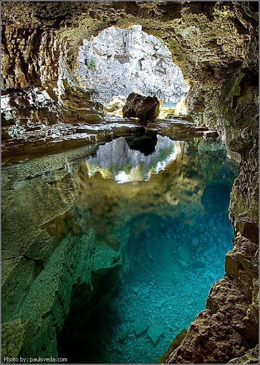 Bruce Peninsula National Park - Grotto ahh I ♡ this place. Amazing shot too. It does get waaaay too packed in the summer now of days though...no longer a hidden treasure.