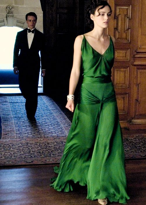great movie, AMAZING DRESS. want.: Emeralds Green Dresses, Parties Dresses, Silk Gowns, Celebrity Dresses, Evening Gowns, Atonement Dresses, 1930S Dresses, Green Silk, Emeralds Dresses