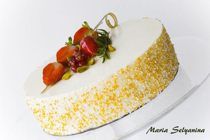 Этот торт в прошлом году произвел почему-то настоящий фурор. Тогда он выглядел вот так . Его растащили в закладки все, кому не лень, его выдавали за свой, и мне даже…