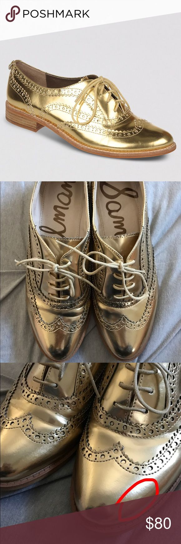 "Sam Edelman Jerome Metallic Gold Oxfords Add a pop of color and shine to any outfit! Fab gold metallic wingtip oxfords with a 1"" stacked faux wood heel. Size 9, true to size. Worn once, these show a little wear on top (creasing) and minimal wear on the heels.NO TRADES✅OFFER BUTTON Sam Edelman Shoes Flats & Loafers"