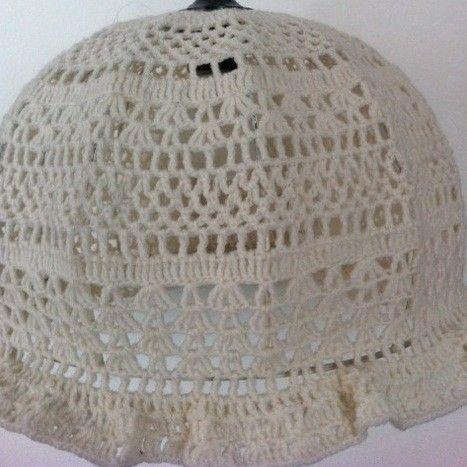 Leuk voor de kinderkamer: vintage gehaakte lampenkap, geeft mooi ...
