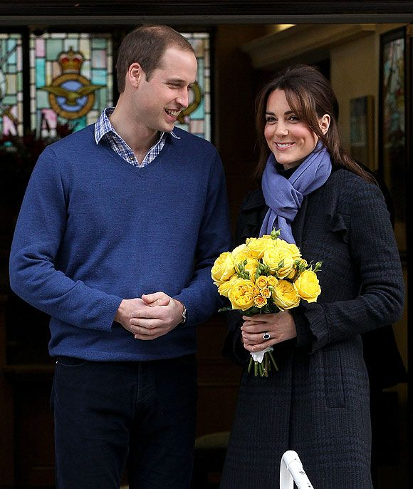Kate Middleton pregnant: The Duchess of Cambridge leaves hospital with Prince William - Photo 1 | Celebrity news in hellomagazine.com